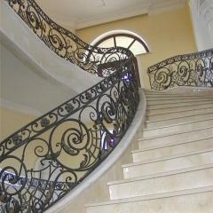 balustrady-schodowa-wewnetrzna-metalowa-kuta-na-wandze-b141l