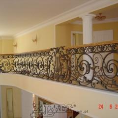 balustrady-schodowa-wewnetrzna-metalowa-kuta-porecz-debowa-b141c