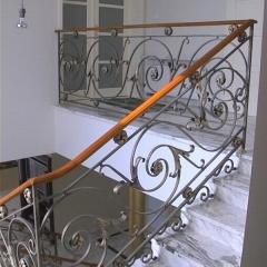 Balustrady balkonowe kute ceny